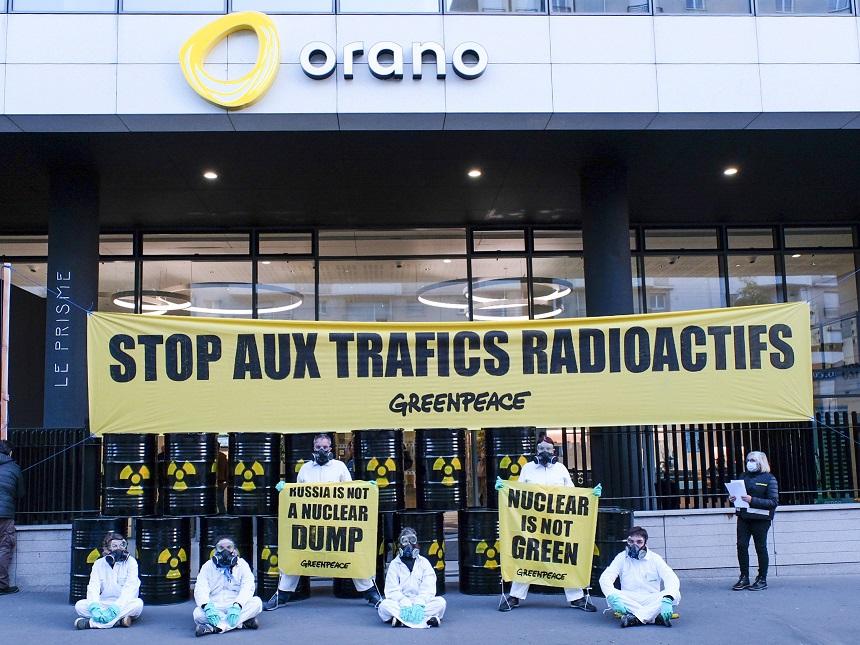 Région Auvergne Rhône-Alpes : Greenpeace dénonce des exports de déchets nucléaires 416